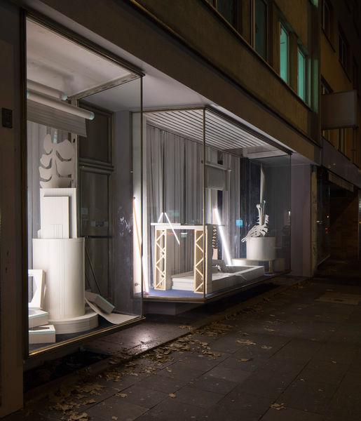 Kristin Wenzel   installation Bukarest