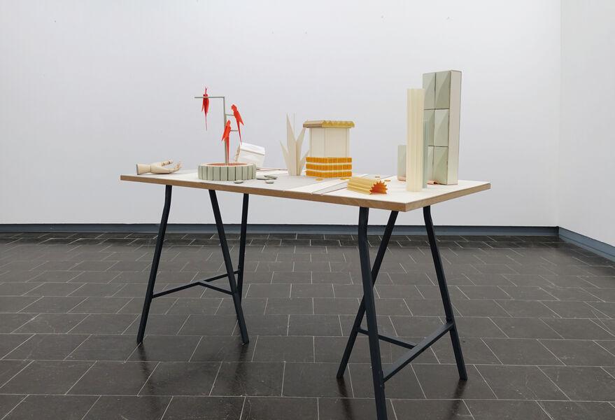 Kristin Wenzel - Installation Tischstück